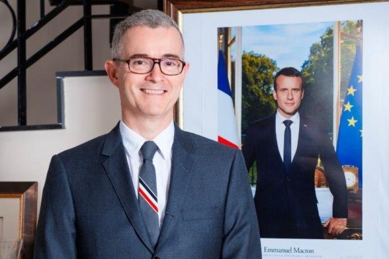 Посол Франции поздравил казахстанцев на государственном языке