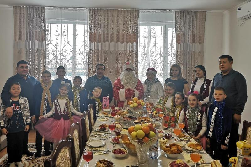 В гостях у акима побывали воспитанники детдома в Актюбинской области
