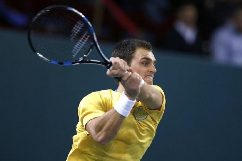 Теннис: Недовесов Шымкент турнирінің ширек финалына шықты