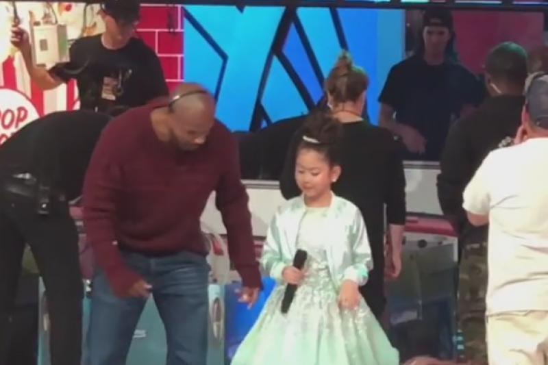Видео с участием казахстанки Софи Манасян на американском шоу появилось в Сети