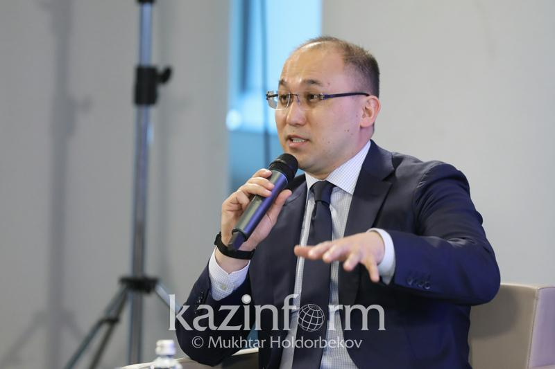 Даурен Абаев назвал самую понравившуюся ему новость