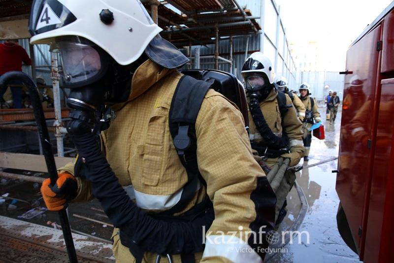 80 человек эвакуировали из-за пожара в Алматинской области