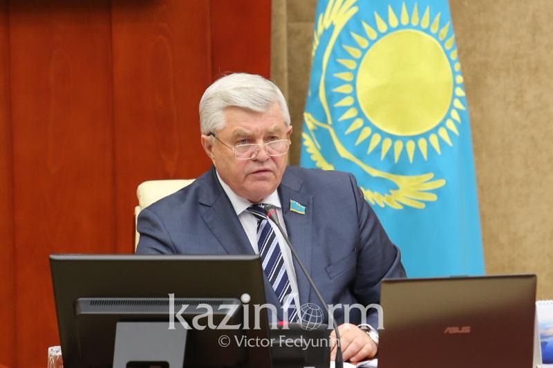 Владимир Божко предложил вкладывать деньги в развитие овощехранилищ в регионах