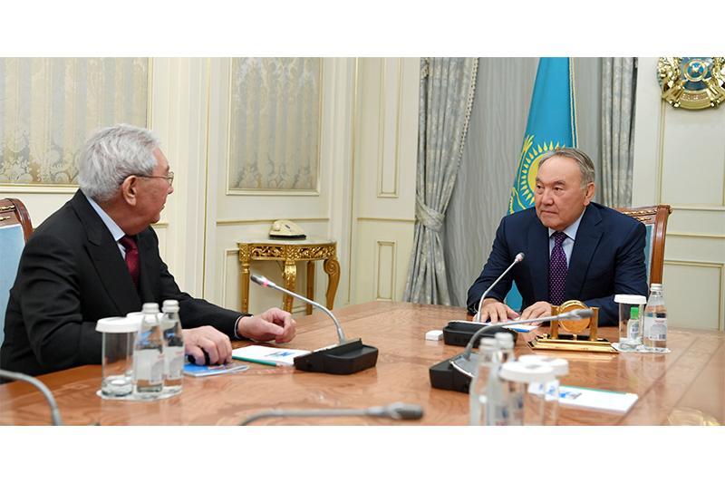 Нурсултан Назарбаев встретился с видным ученым Мырзатаем Жолдасбековым