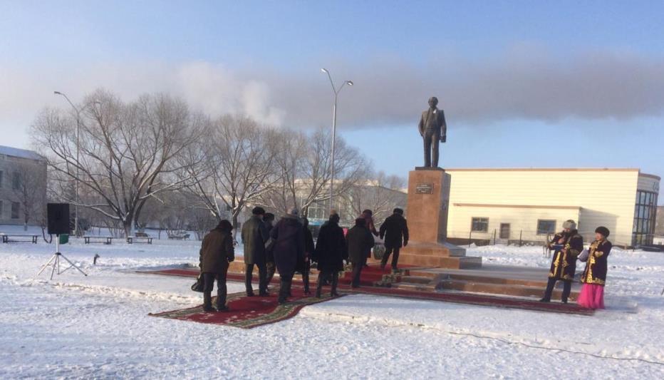 104-летие писателя Ильяса Есенберлина отметили в Атбасаре
