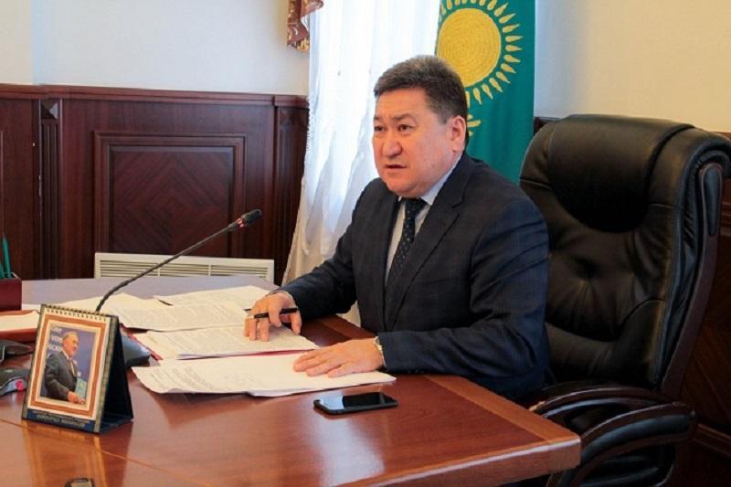 Ауыр жүк көлігінің жүргізушілері 2 мыңнан астам жол ережесін бұзған - Павлодар облысы