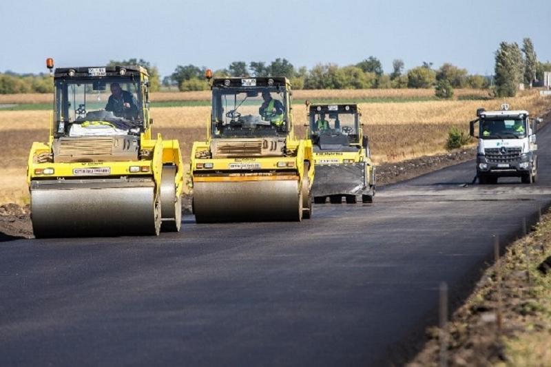 Түркістан облысында 1 мың шақырымға жуық жол жөнделеді