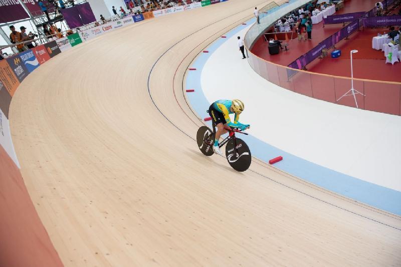 Казахстанец завоевал две медали на чемпионате Азии по велоспорту на треке
