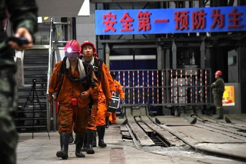 Death toll in China coal mine accident rises to 21