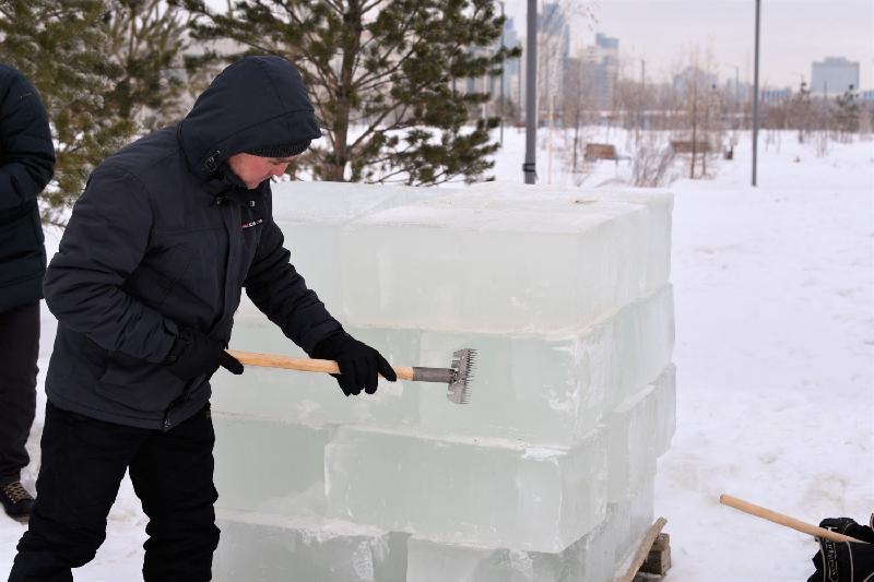 Астанада мұздан жасалған ең үздік мүсіндердің халықаралық байқауы басталды