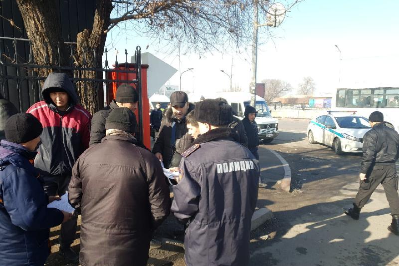 Нелегальные таксисты в Алматы могут лишиться своих автомобилей