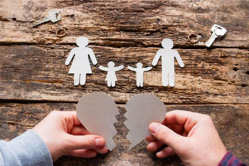 Нурсултан Назарбаев обеспокоен разводами в Казахстане