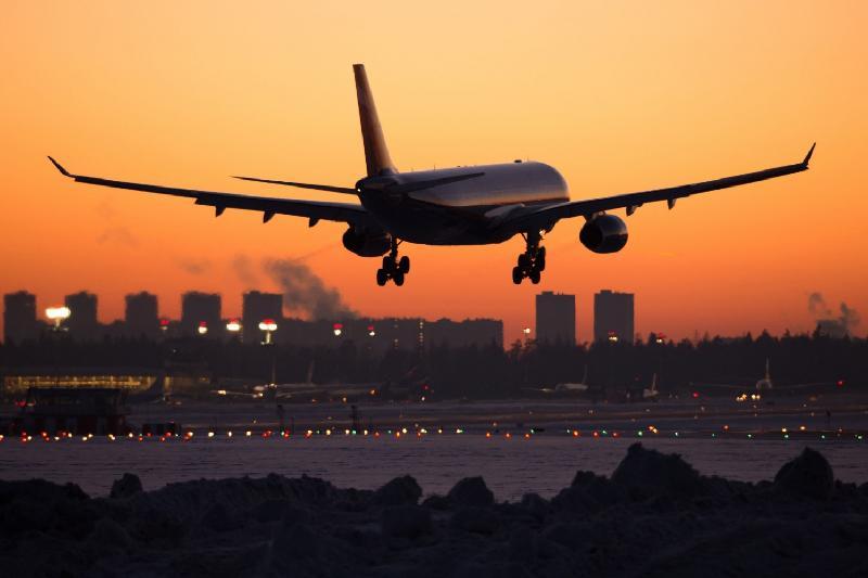 Двух пьяных граждан КНР сняли с рейса на Астану в Атырау