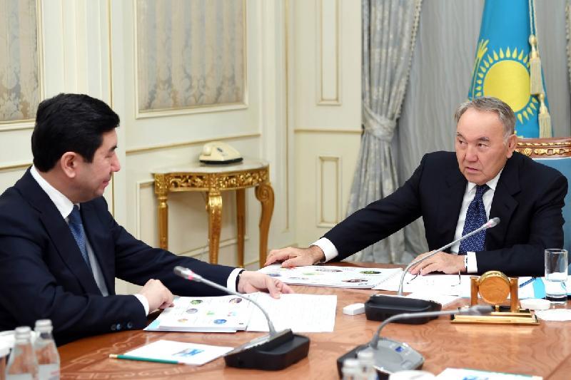 Аким Карагандинской области доложил Н. Назарбаеву о ситуации в регионе