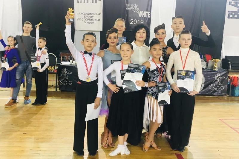 Победителями международного турнира стали акмолинские танцоры