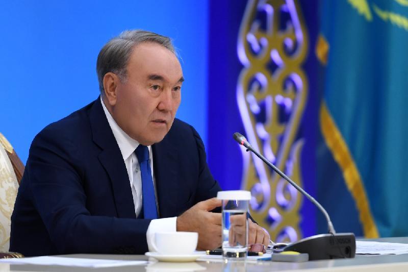 Нұрсұлтан Назарбаев: Бізде жұмыссыздық мәселесі жоқ, мамандар тапшылығы бар