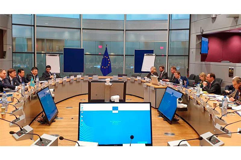 МИД намерен продвигать продукцию казахстанских производителей на рынки ЕС