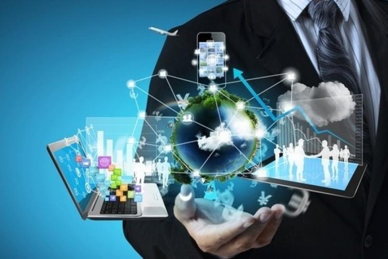 Казахстанцев будут обучать базовым навыкам в IT