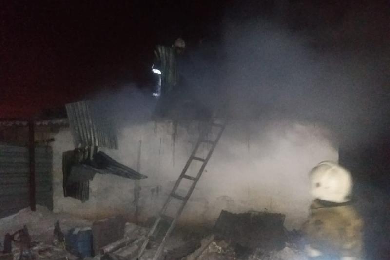 На работе находились родители пятерых погибших в пожаре детей