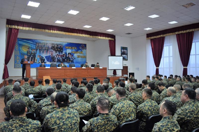 Военнослужащих Акмолинской области призвали усилить борьбу с коррупцией