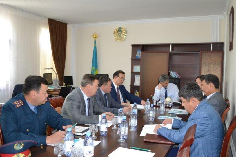 Прокурор Туркестанской области встретился с жителями Келесского района и провел личный прием граждан