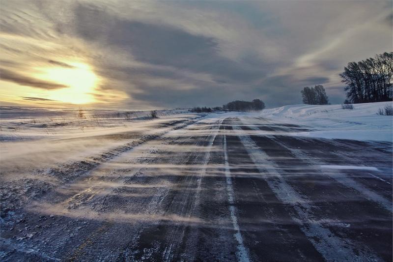 Из-за непогоды закрыты автодороги в 9 областях республики