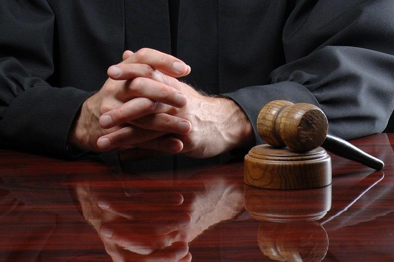 Астанада өз қызметіне салғырт қараған 9 судья жауапқа тартылды
