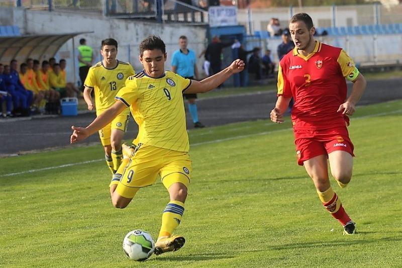Клуб «Каспий» из первой лиги подписывает футболистов элиты