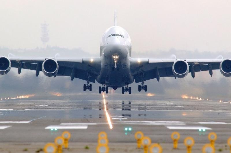 Рейс Атырау-Амстердам совершил вынужденную посадку в Минске