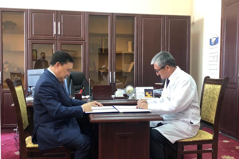 Туркестанская область будет тесно сотрудничать в сфере медицины с Узбекистаном