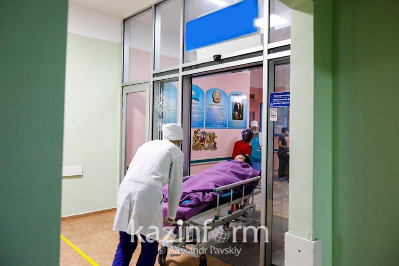 Артиллерийский снаряд взорвался в Шымкенте, двое человек пострадали