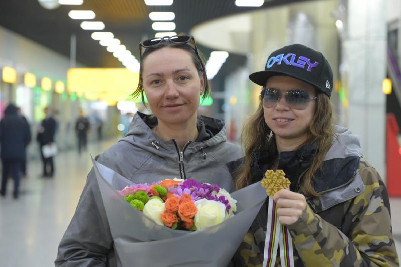 Чемпионку мира Юлию Галышеву встретили в Алматы