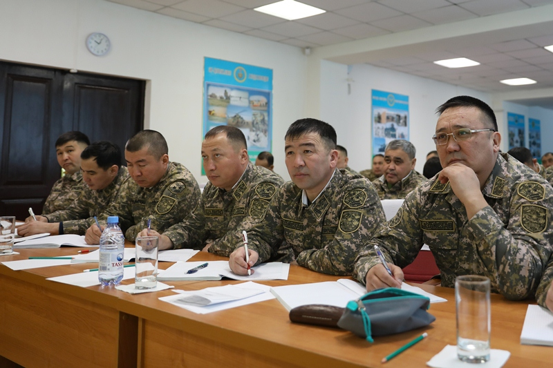 Знания в военном искусстве проверяют в Астане в ходе сборов в Сухопутных войсках