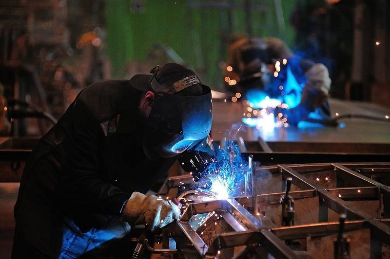 Промышленное производство в Казахстане в I квартале увеличилось на 3,2%