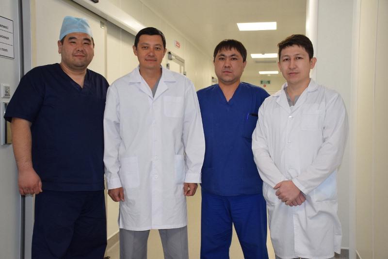 8 операций на головном мозге в Усть-Каменогорске провел нейрохирург из Астаны