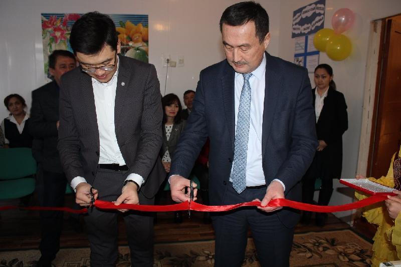 Первый школьный «магазин честности» появился в Акмолинской области
