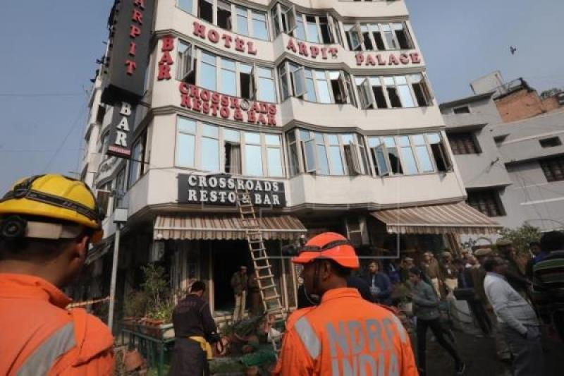At least 17 dead in massive hotel fire in New Delhi