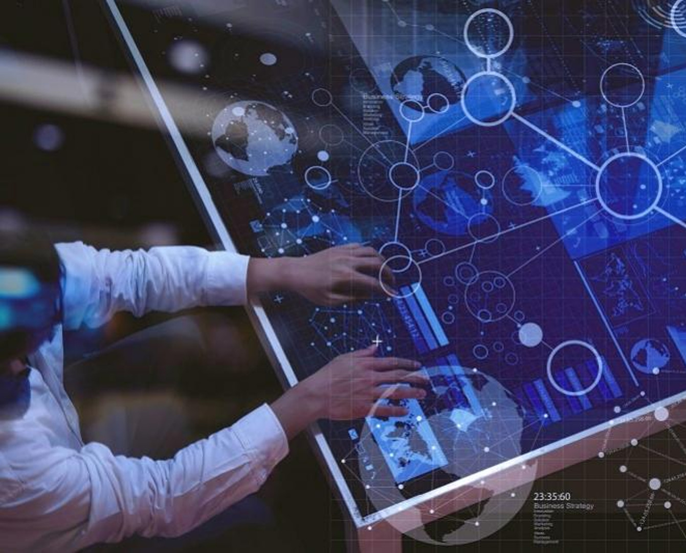 Амбициозная цифровизация: в IT-сферу влили за год более 118 миллиардов тенге