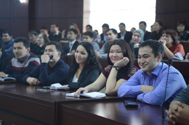 Нурсултан Назарбаев призвал молодежь терпимее относиться друг к другу