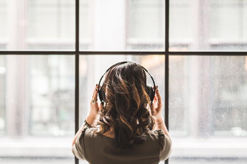 全球约11亿年轻人面临听力受损风险