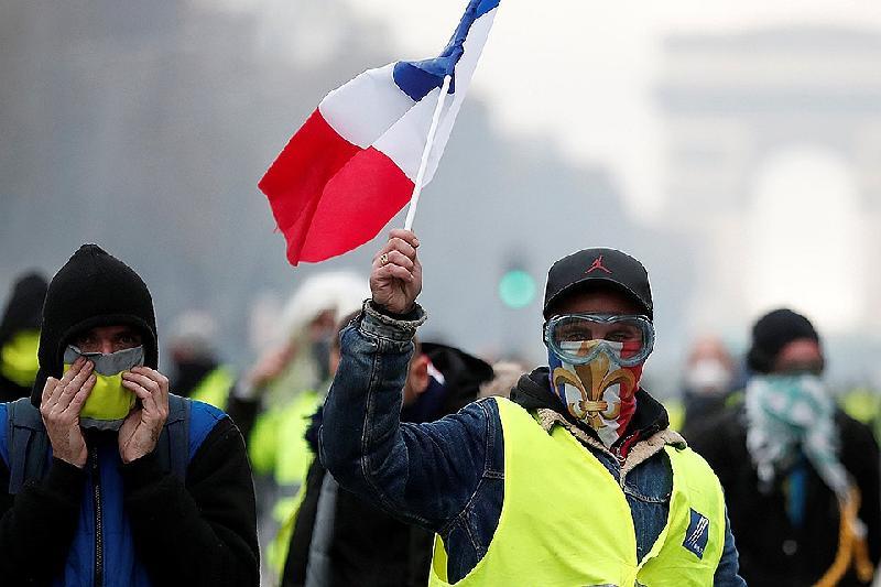 Около 1,8 тысячи участников движения «желтых жилетов» осуждены во Франции