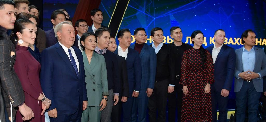 """""""哈萨克斯坦百名新人物""""项目将每年持续举办"""