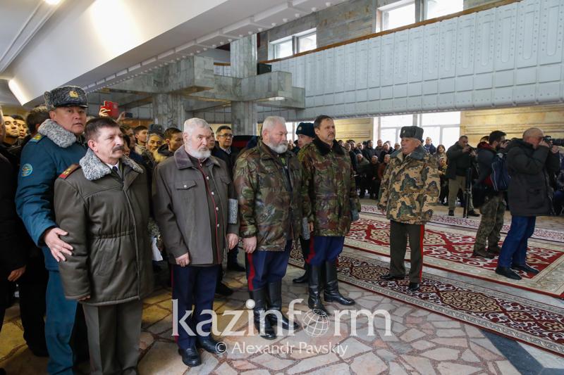 Almaty pays last tribute to legendary Kara Major