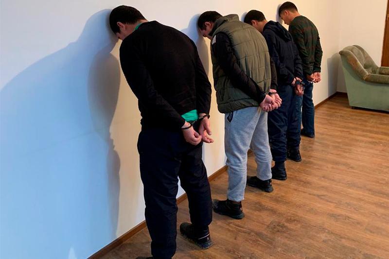 Четверых жителей Туркестанской области задержали по подозрению в пропаганде терроризма