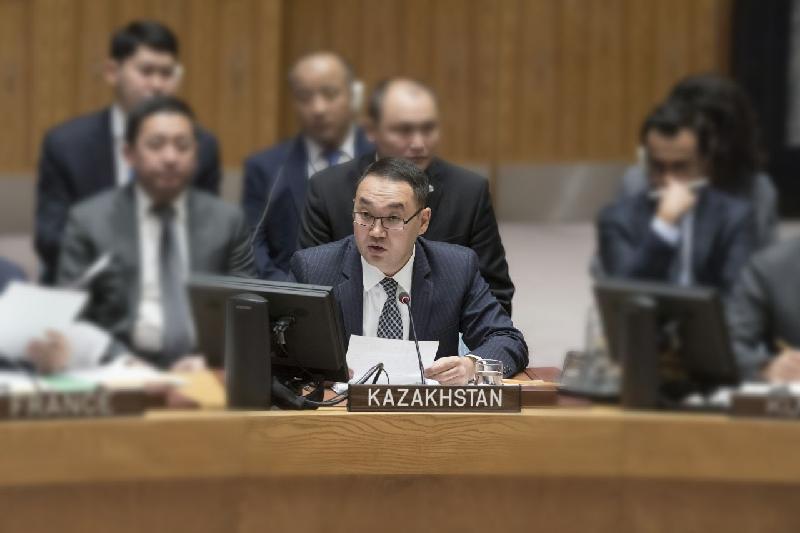 哈萨克斯坦加入《不扩散核武器条约》25周年