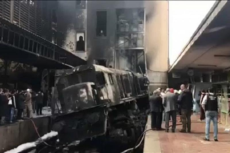 Multiple killed after explosion at Cairo train station