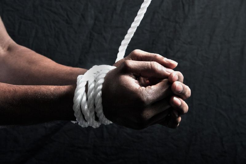 20 фактов похищения и содержания в рабстве выявлено в Казахстане