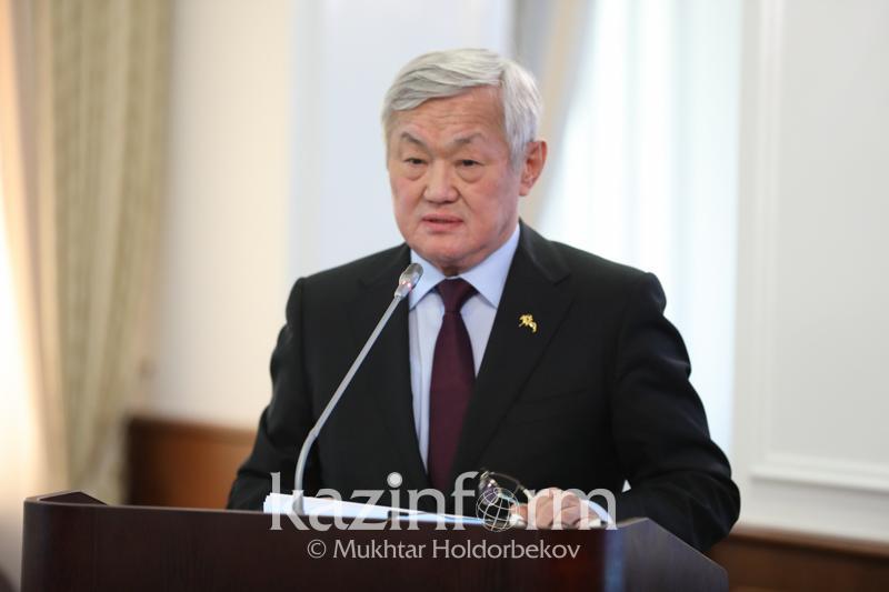 Министр труда призвал не создавать очереди за АСП