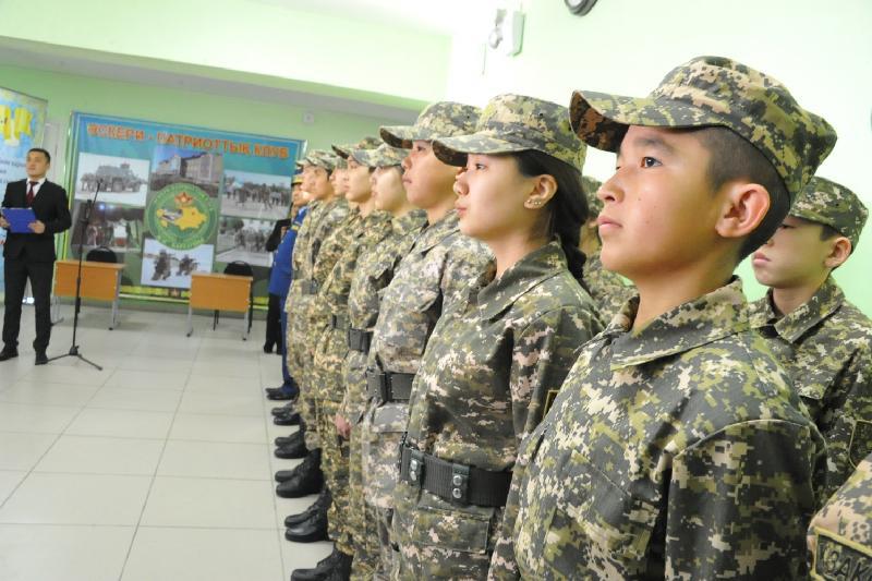 Военно-патриотический клуб «Жас барлаушы» открыли в Семее