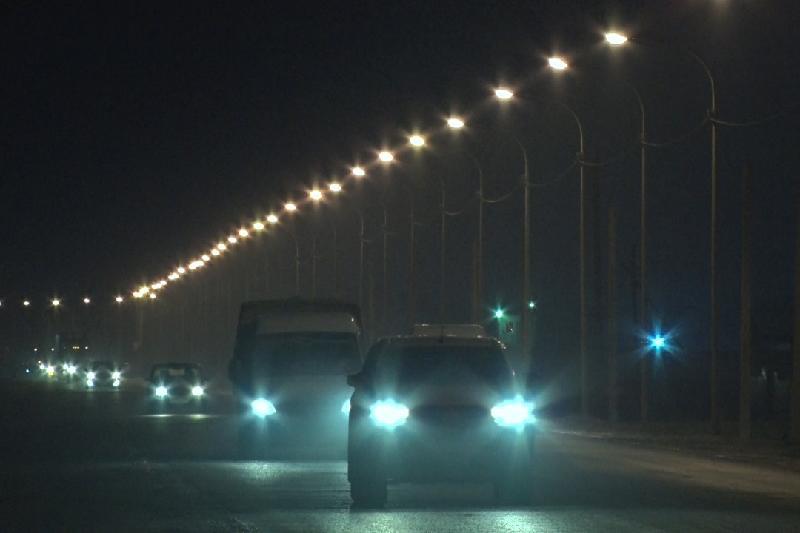 На 9 улицах Атырау установили новое уличное освещение